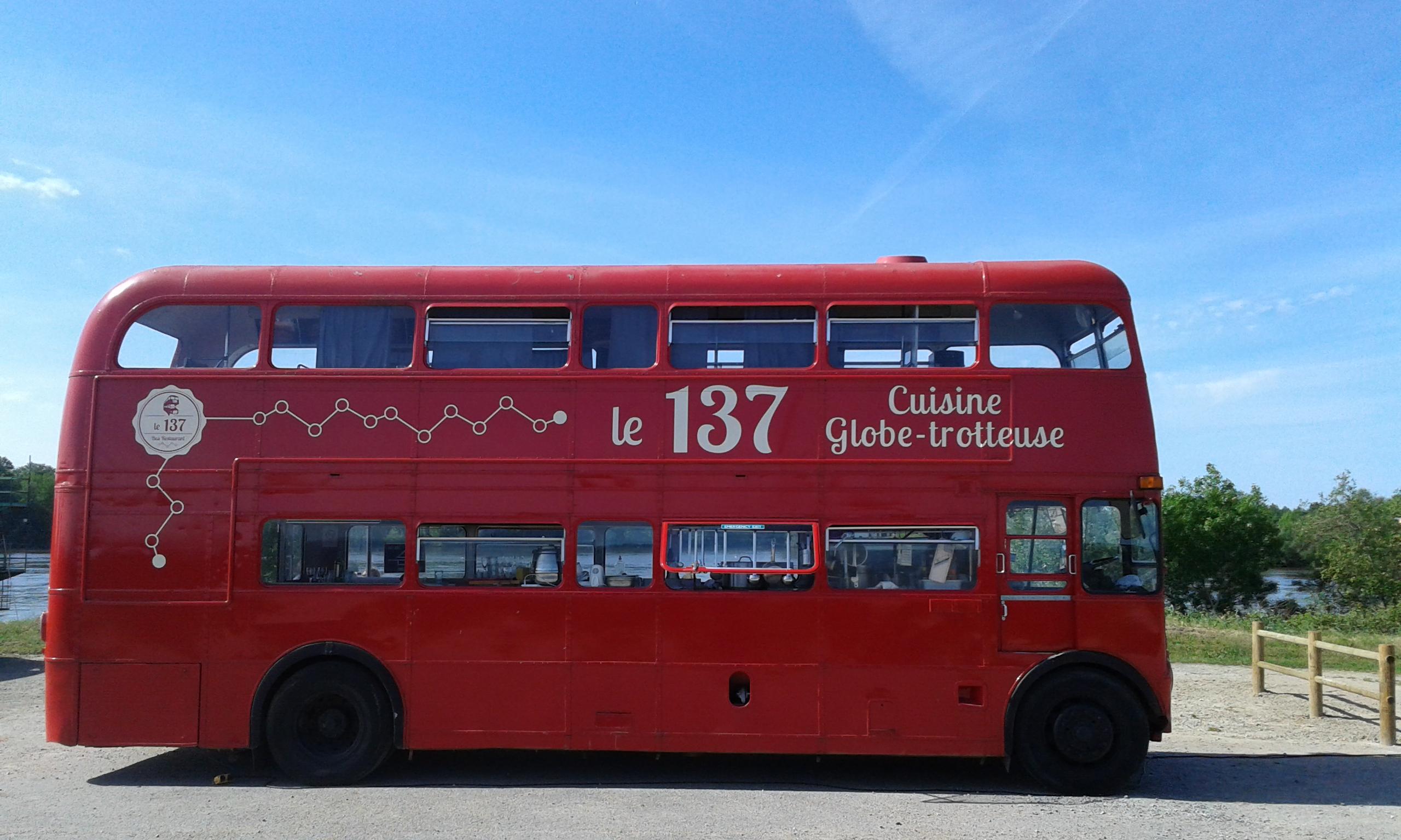 le 137 bus foodtruck