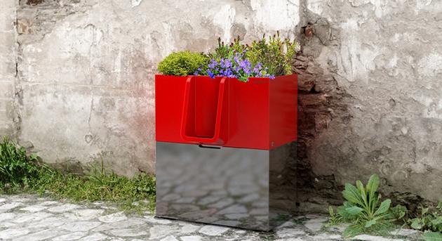 Uritrottoir : Un urinoir de rue créée par des Nantais !