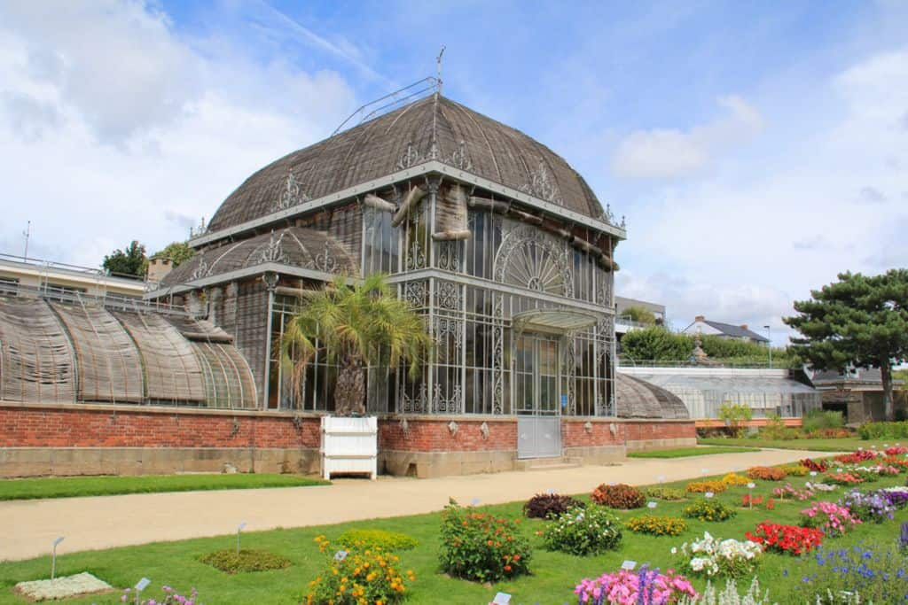 Beautiful jardin des plantes nantes palmarium ideas for Au jardin des plantes poem