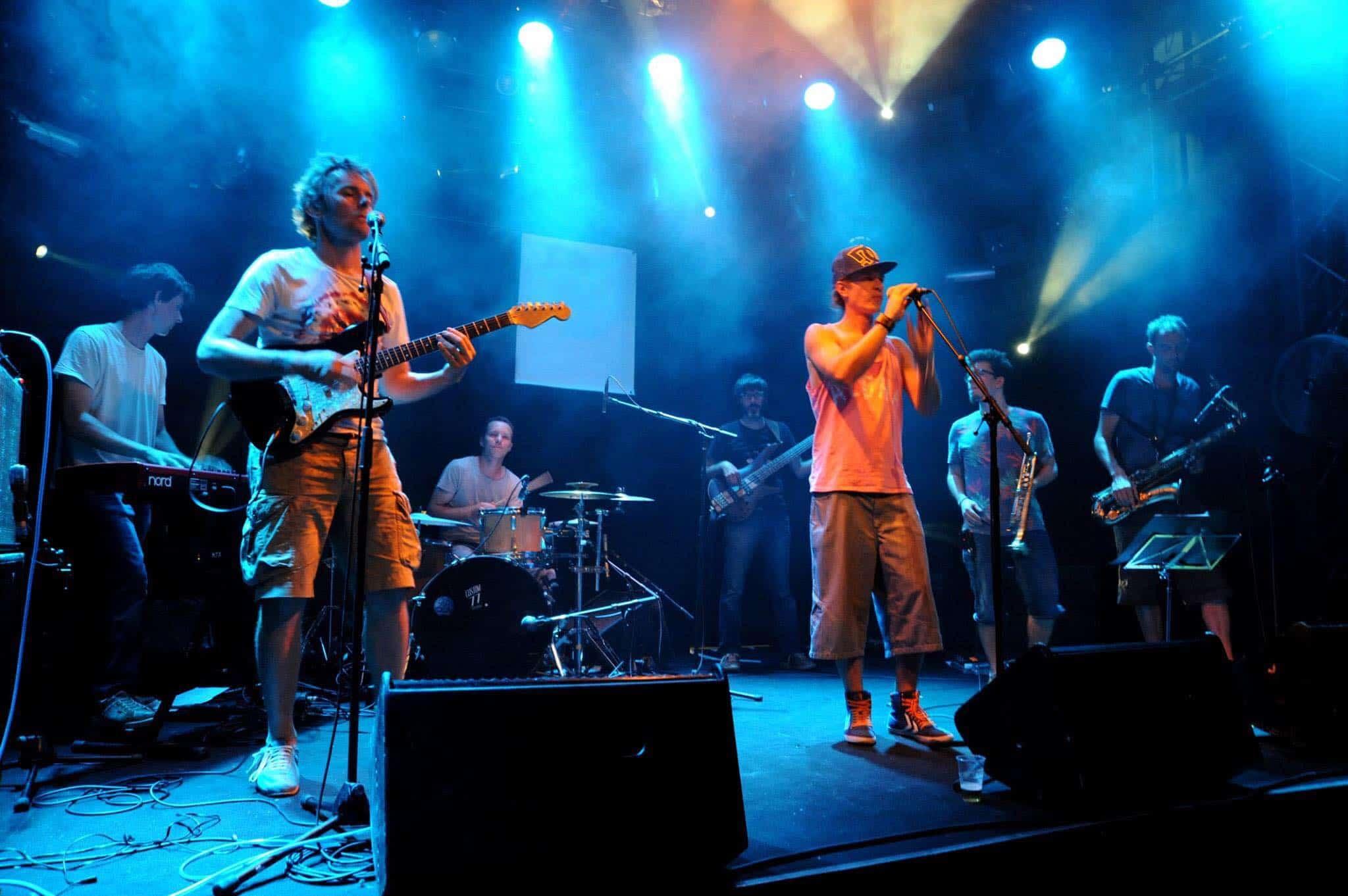 Foot et Fete de la musique aux Brasses