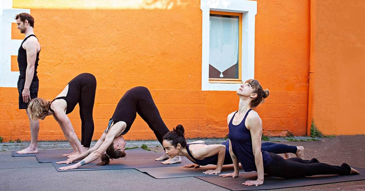 manoir parc de la chataigneraie yoga