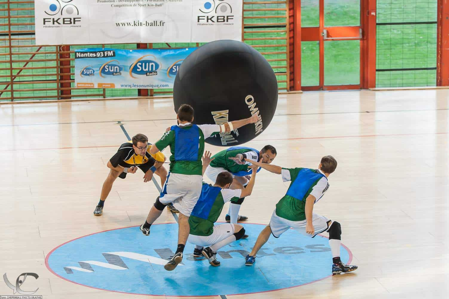 kin ball top sports insolites nantes
