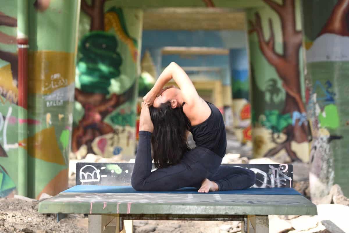 Du yoga en détente chez Sagaar Yoga !