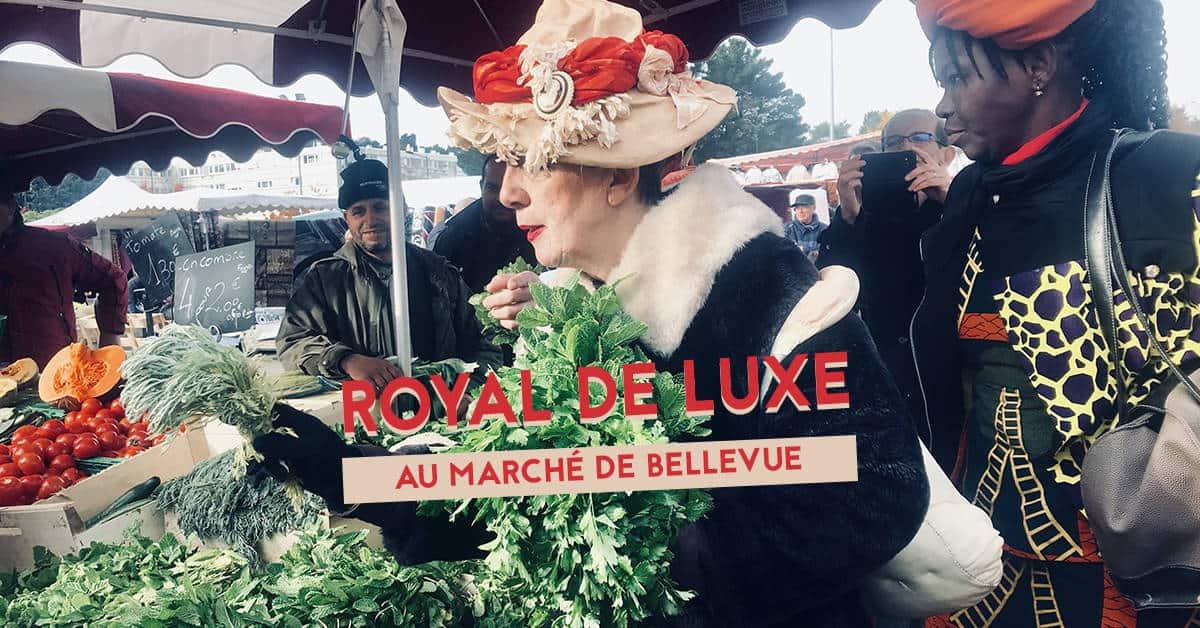 meme rodeo de royal de luxe au marche de bellevue