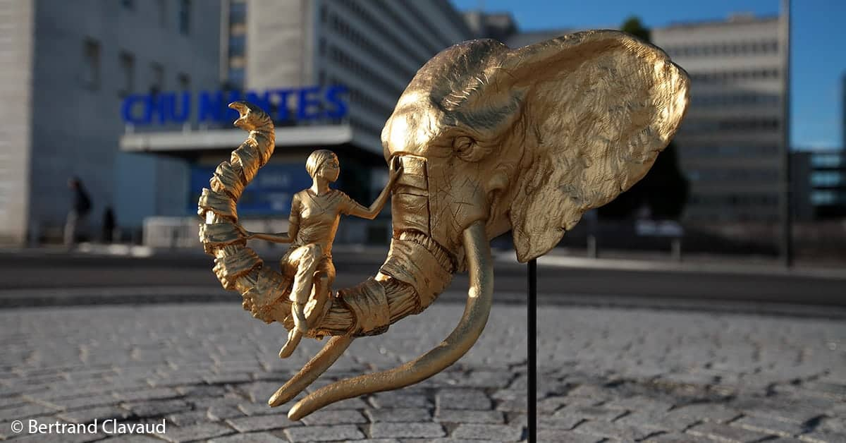 nantes sculpture soutien aux soignants 1
